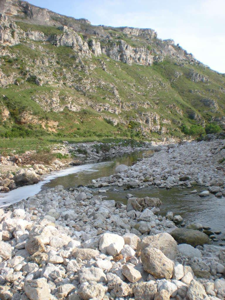 Tratto dove il torrente Gravina si restringe