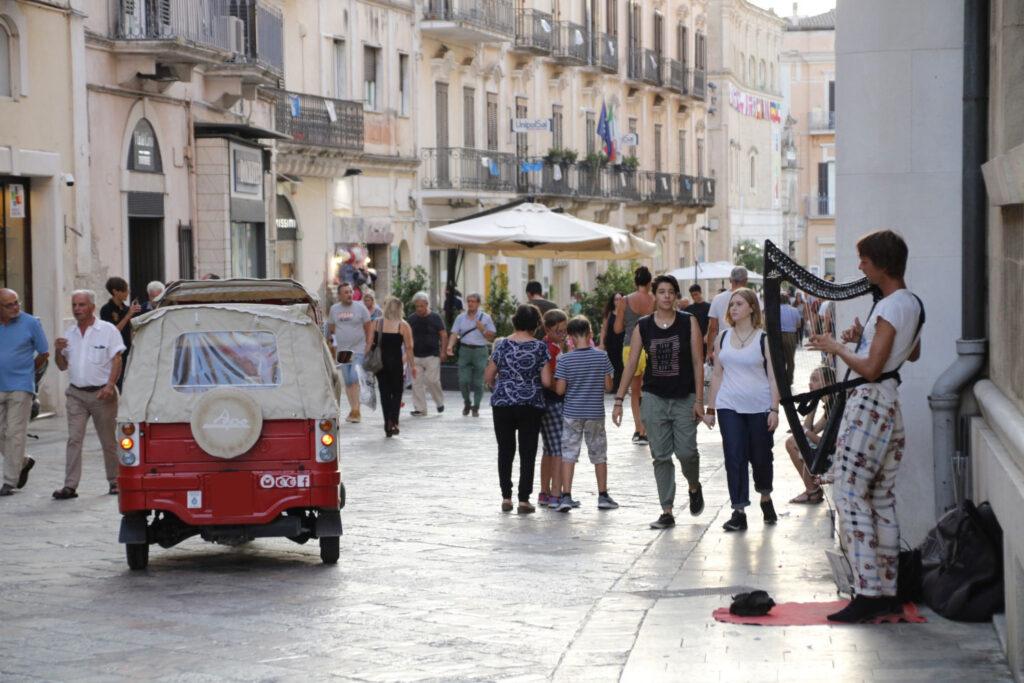 Ape Calessino in Via del Corso a Matera